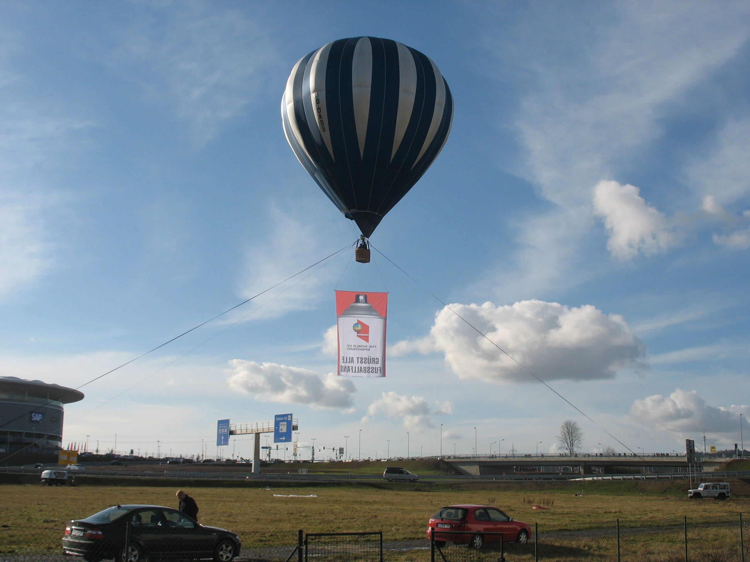 Sonderbau Heißluftballon mit Banner